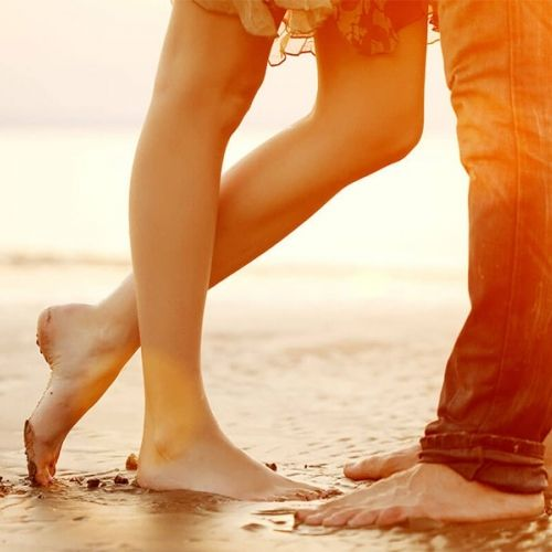 Summer Lovin': Which Dating App is Right for You?