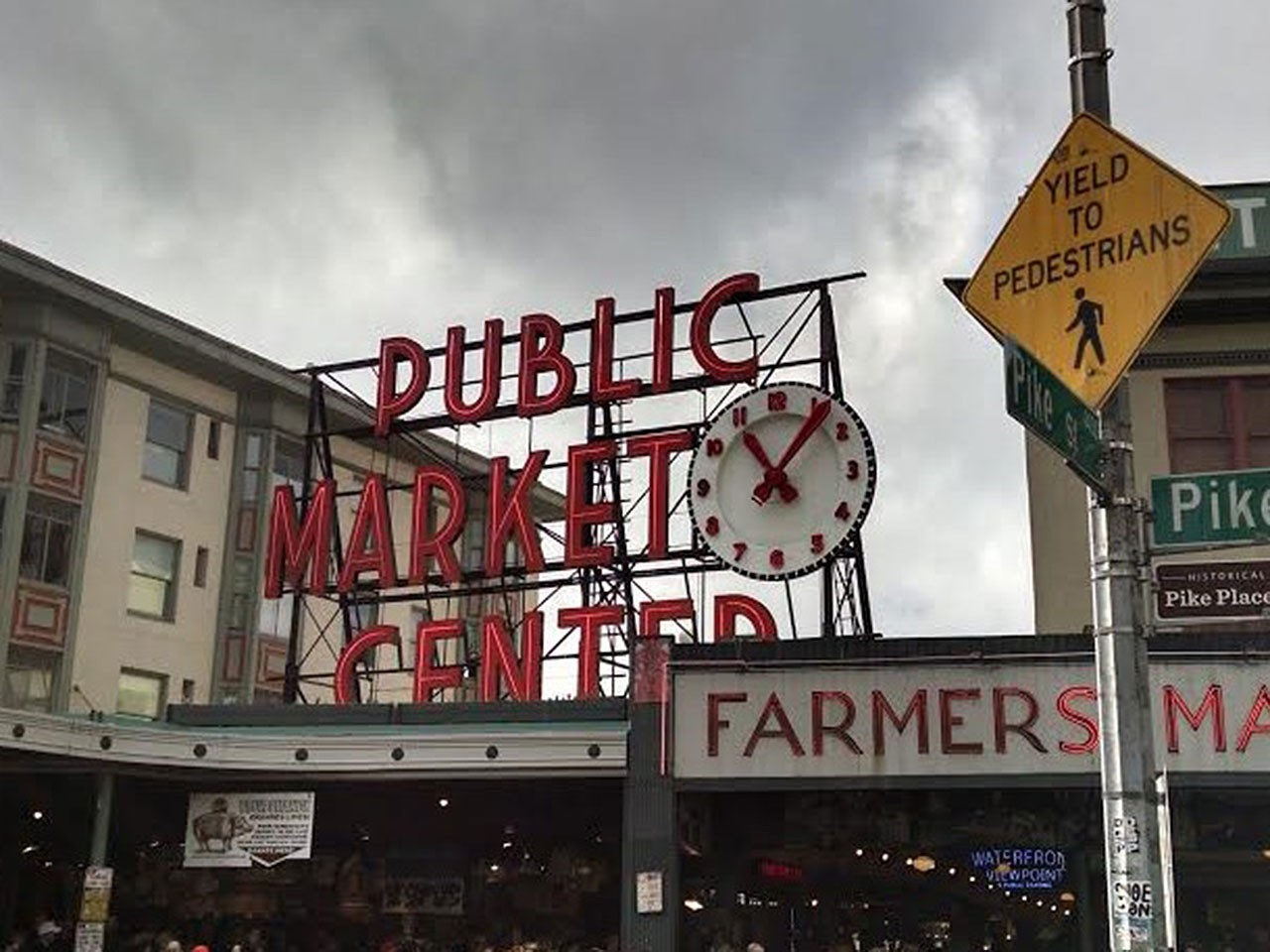 Be a Foodie Tourist at Pike Place