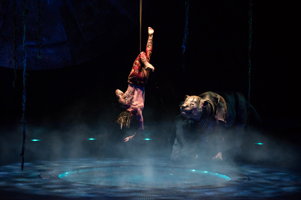Straps and Jaguar at Cirque's LUZIA